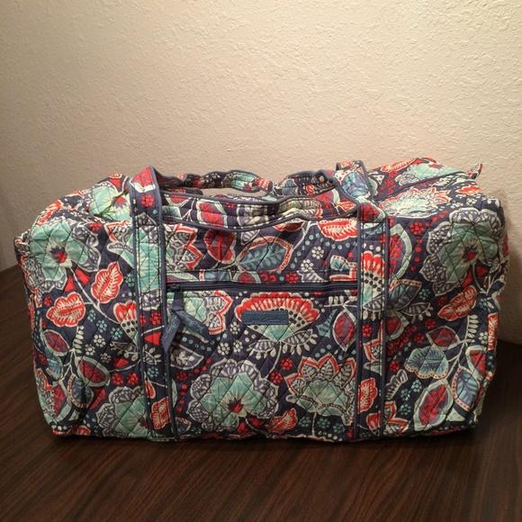 fcf1490b90 Vera Bradley Nomadic Floral Large Duffel Bag NWT